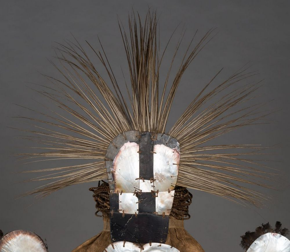 Costume of the chief mourner