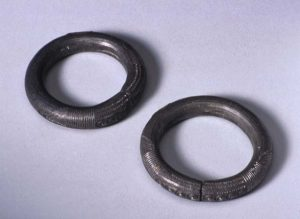 Two white metal anklets, alloys normally associated with devotees of Obatala