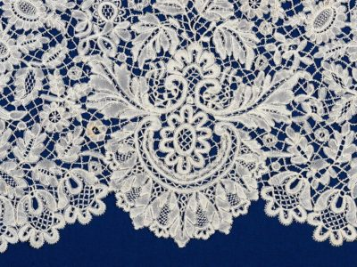 A close up of some Honiton lace